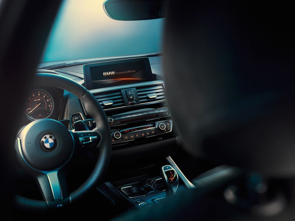 BMW ConnectedDrive Service