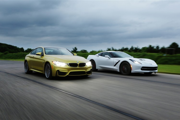 BMW M4 vs Corvette Stingray