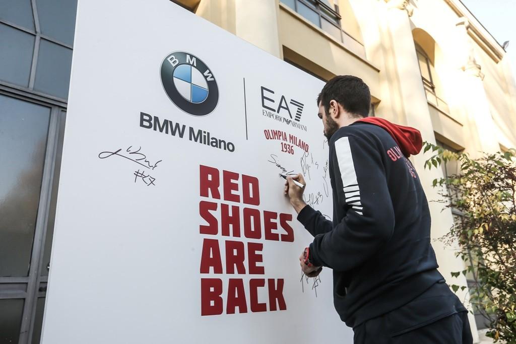 EA7 BMW Milano