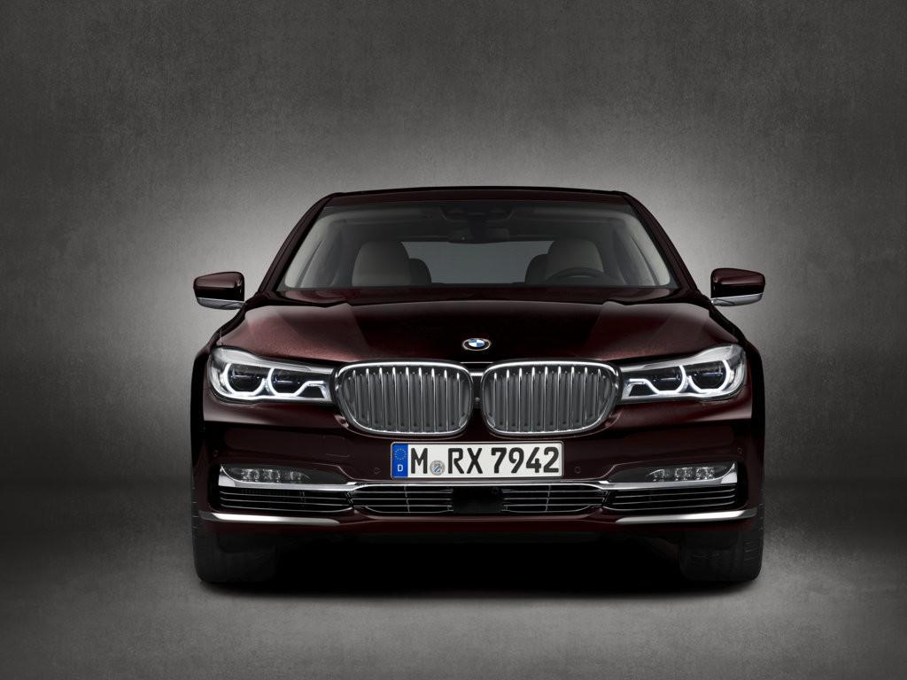 BMW M760Li Ginevra