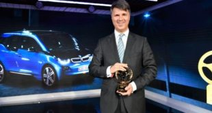 Golden Steering Wheel - BMW i3
