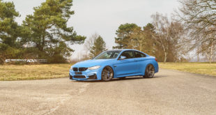 BMW M4 Yas Marina Blue - ADV.1 Wheels