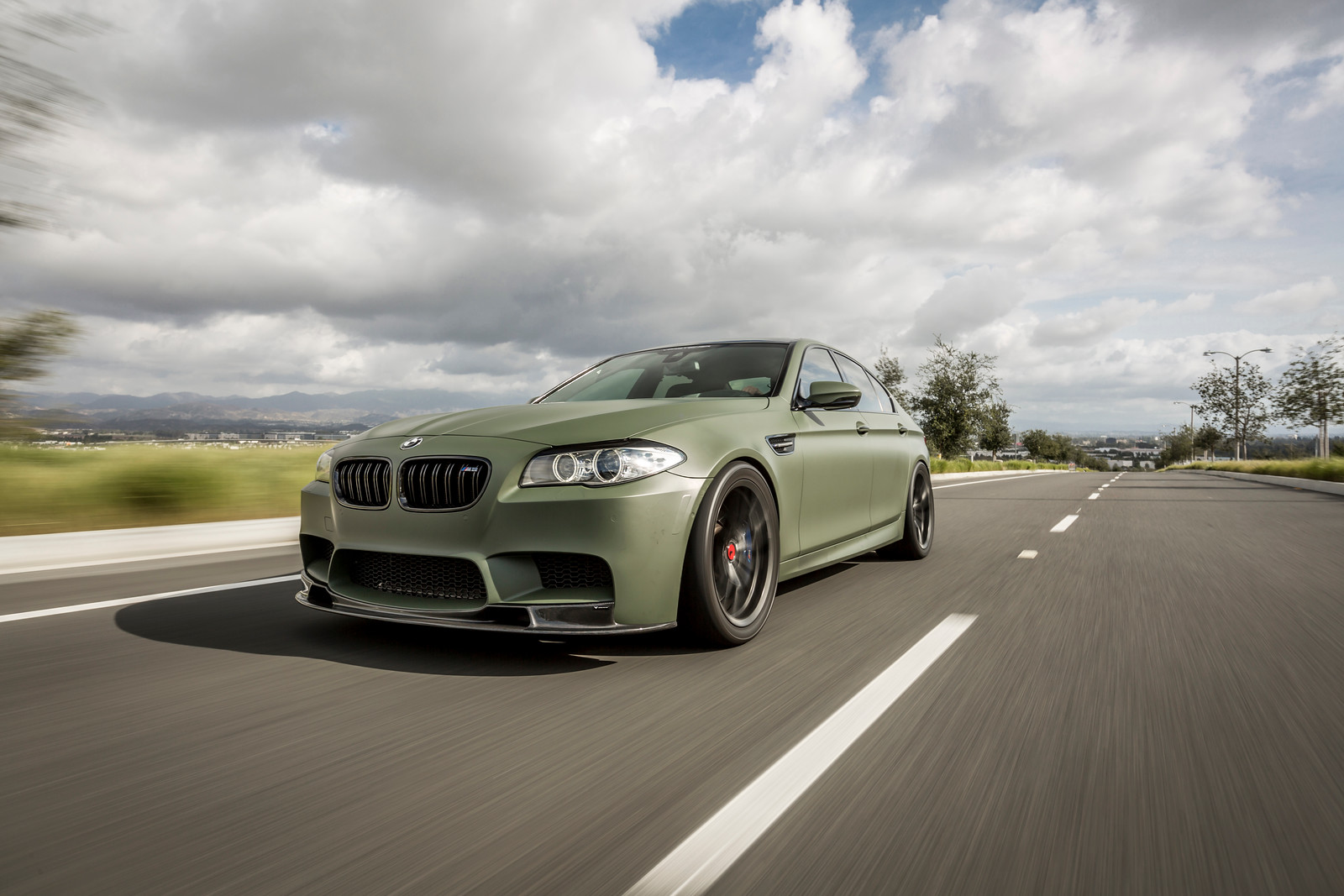 BMW M5 F10 Military Green by Vorsteiner