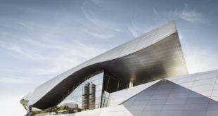 Record di vendite 2016 - BMW Welt - BMW Headquarters Corporate Group