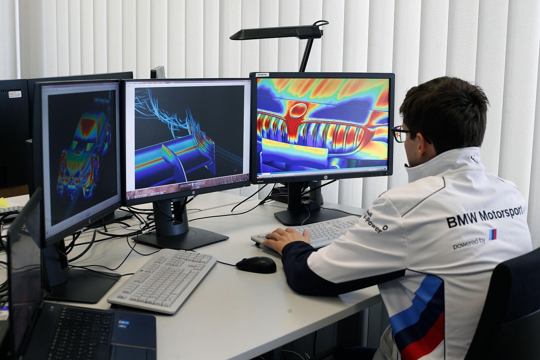 BMW M4 DTM - BMW Motorsport, ComputationFluid Dynamics (CFD)