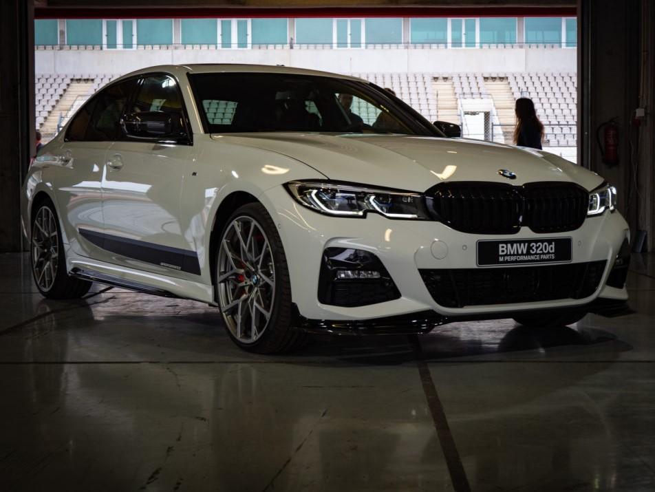 Frontale della BMW Serie 3