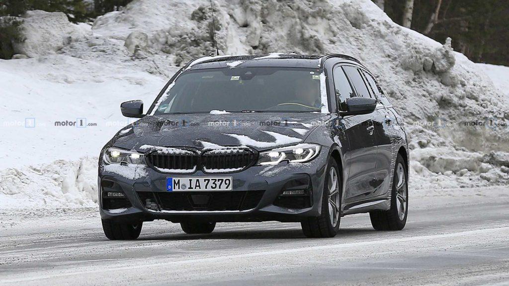 BMW Serie 3 Touring avvistata prima di Ginevra