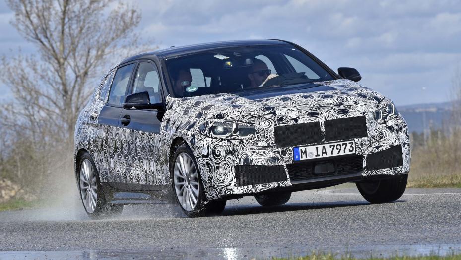BMW Serie 1 F40 testata da Top Gear