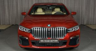 BMW 730Li con colore Aventurine Red II