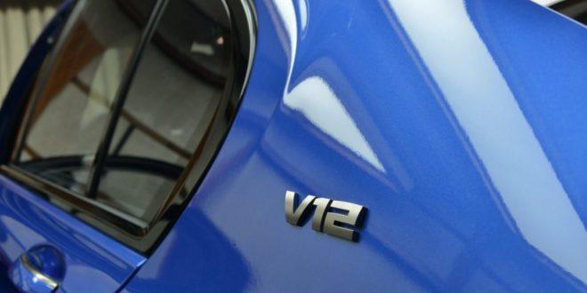 BMW è pronta ad abbandonare il motore V12