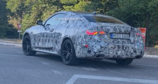 BMW M440i si prepara al debutto in salone