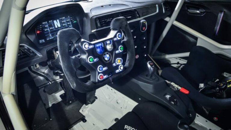 BMW M2 CS Racing - ecco cosa è in grado di fare..